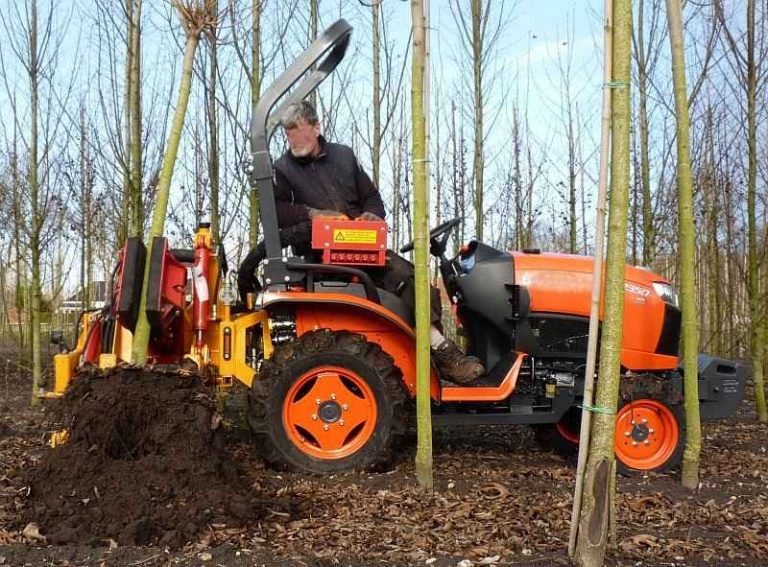 About Bare Root Trees Planting - Select Tractor-mounted Tree Lifting Machine
